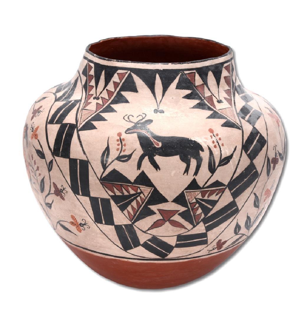 Acoma Pot. Pot With Deer, Bird, Flowers, Designs. - 9