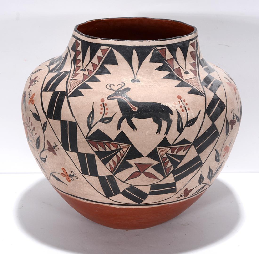 Acoma Pot. Pot With Deer, Bird, Flowers, Designs. - 3