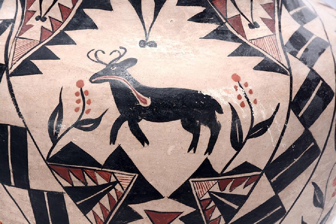 Acoma Pot. Pot With Deer, Bird, Flowers, Designs. - 4