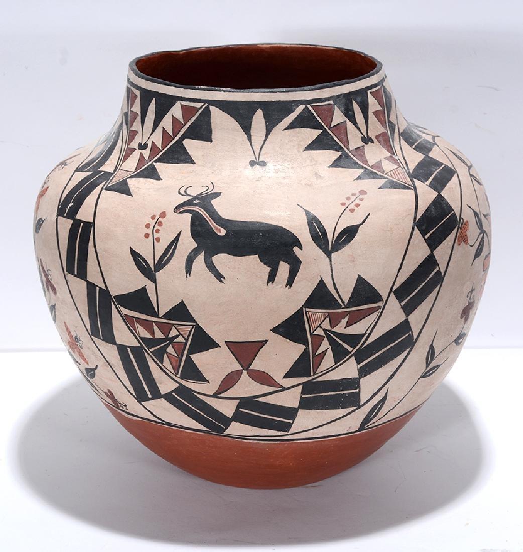 Acoma Pot. Pot With Deer, Bird, Flowers, Designs. - 5