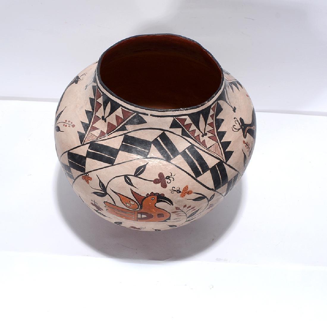 Acoma Pot. Pot With Deer, Bird, Flowers, Designs. - 6