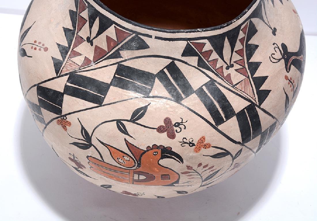 Acoma Pot. Pot With Deer, Bird, Flowers, Designs. - 7