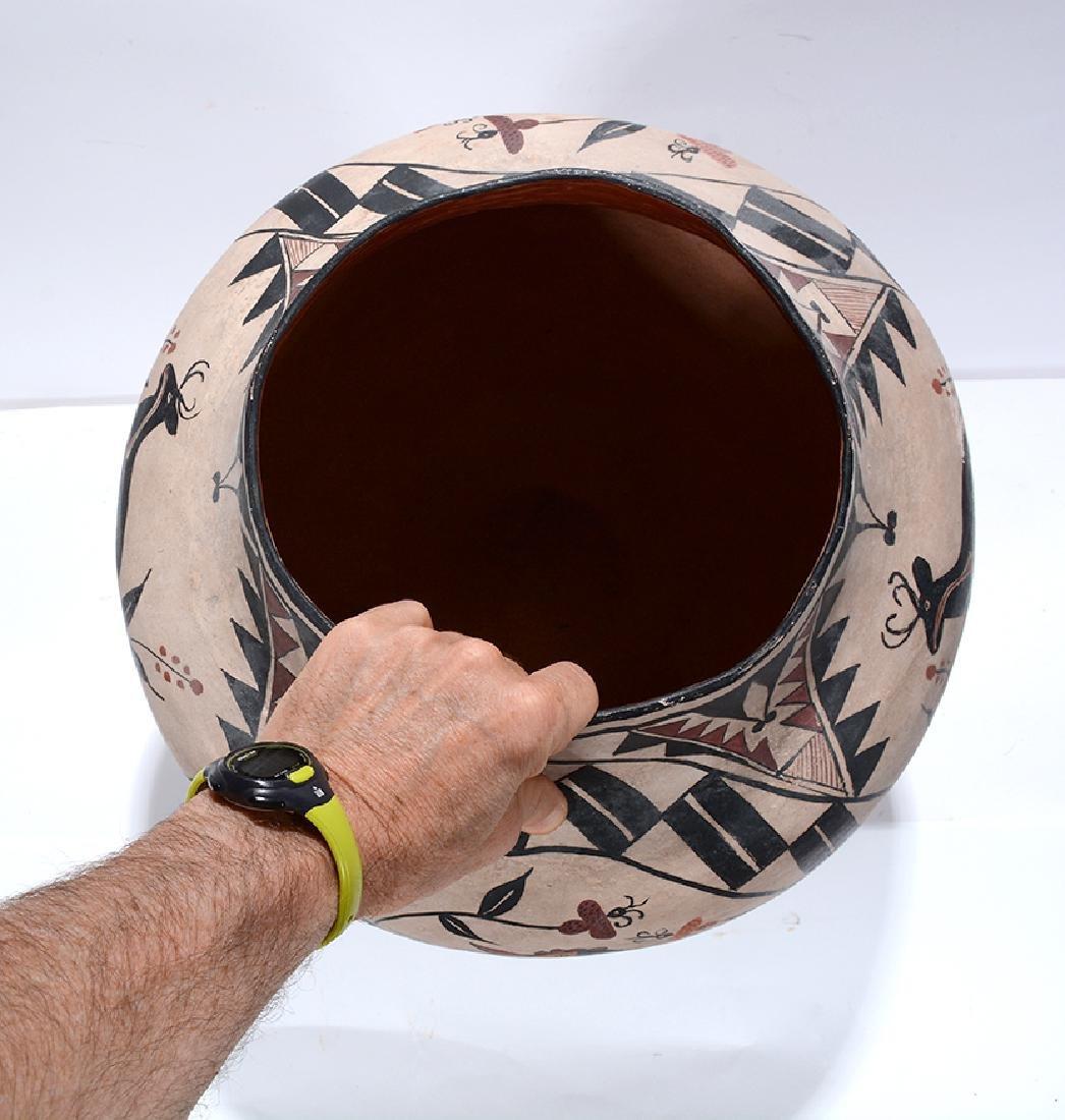 Acoma Pot. Pot With Deer, Bird, Flowers, Designs. - 8