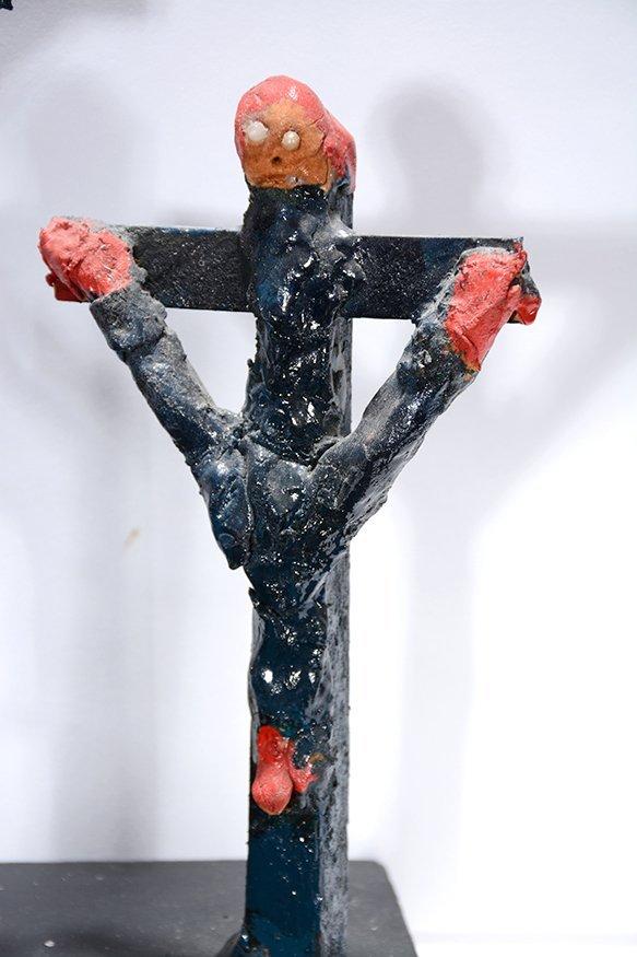 Dilmus Hall. Crucifixion. - 8