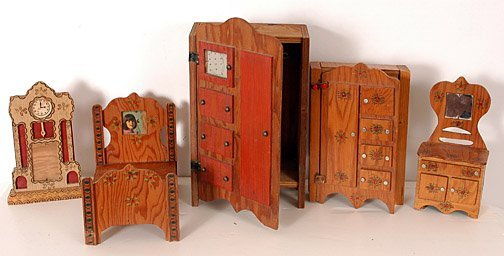 193 Howard Finster Set Of Doll House Furniture