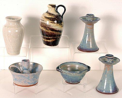24: Oakland Pottery Spatterware & Chamberware.