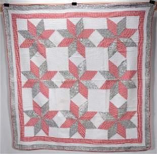Pointsettia Pattern Quilt.