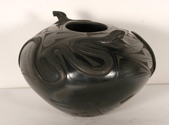 824: J. Quezada. Double Snake Olla Pot.