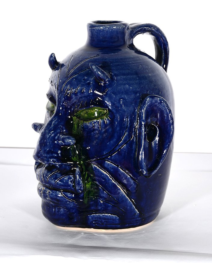 Edwin Meaders. Blue Devil Face Jug With Crying Green - 3