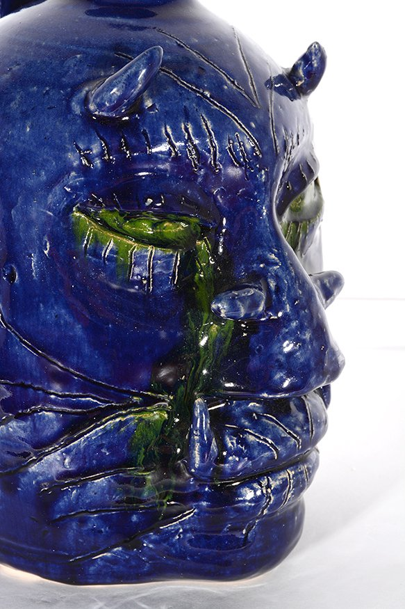 Edwin Meaders. Blue Devil Face Jug With Crying Green - 6