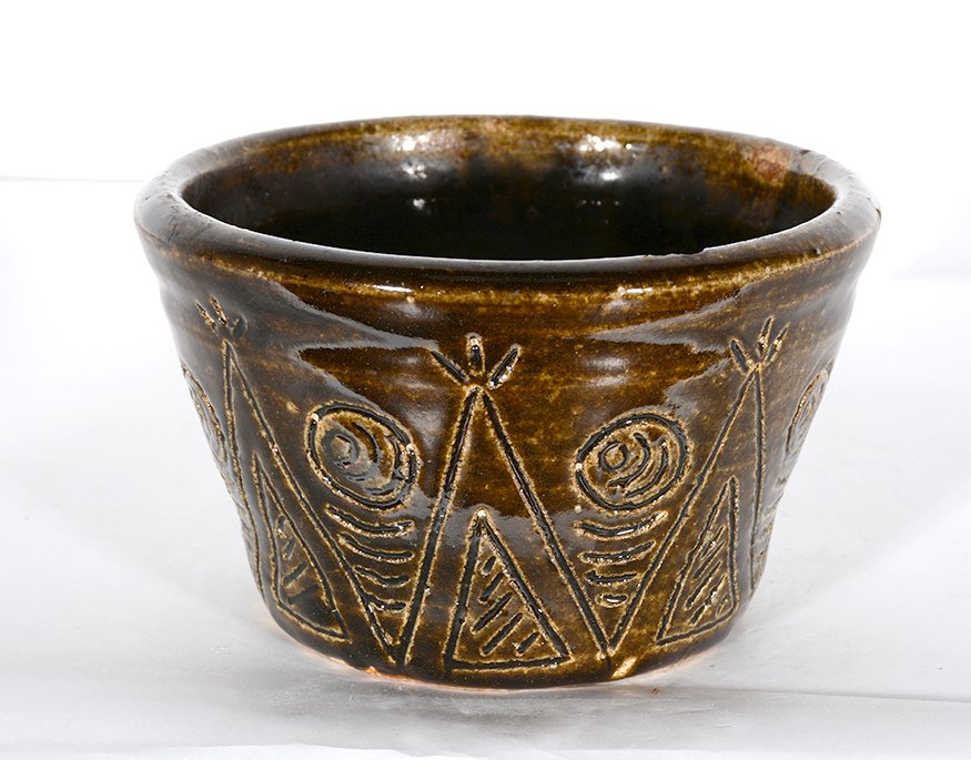 Arie & Cheever Meaders. Teepee Decorated Bowl.