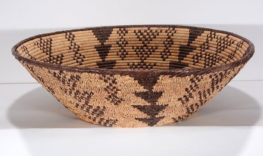 Native American Star & Triangle Design Harvest Basket. - 2