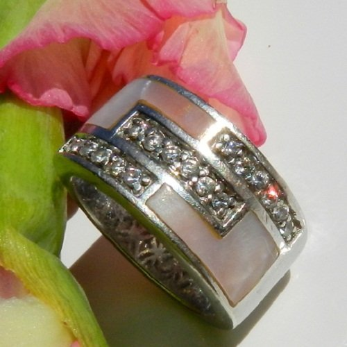 Silver Ring Decorated With Zirconium Bits Nice De