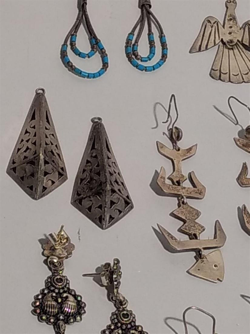 Southwestern Jewelry Sterling Silver Earrings. - 4