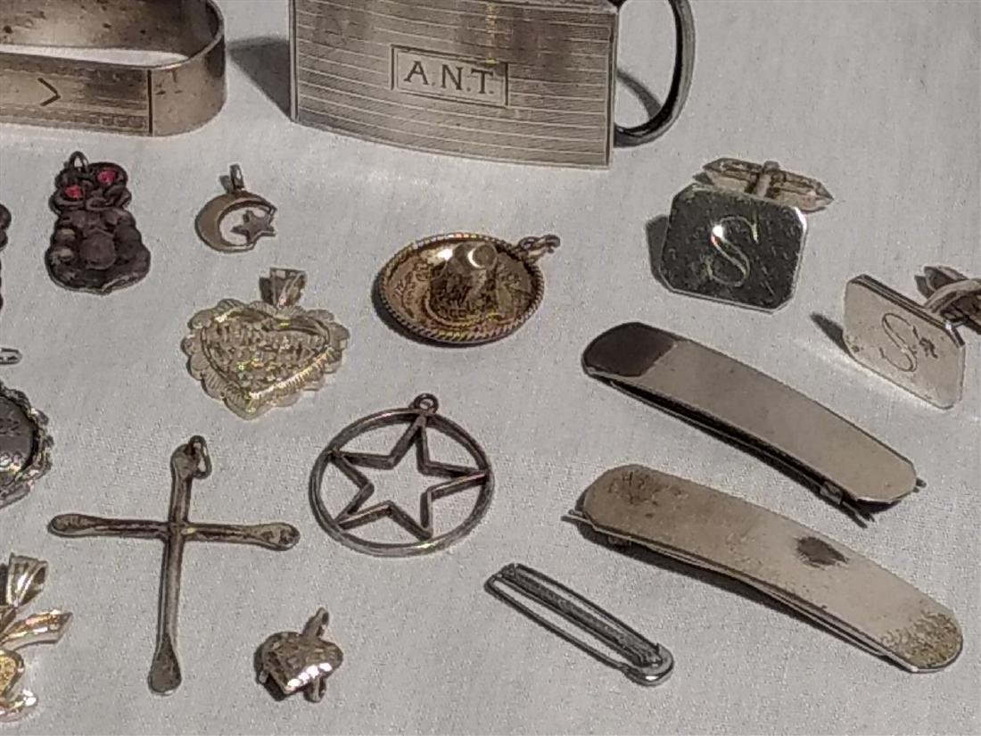 Sterling Silver Grouping of twenty pieces. - 3