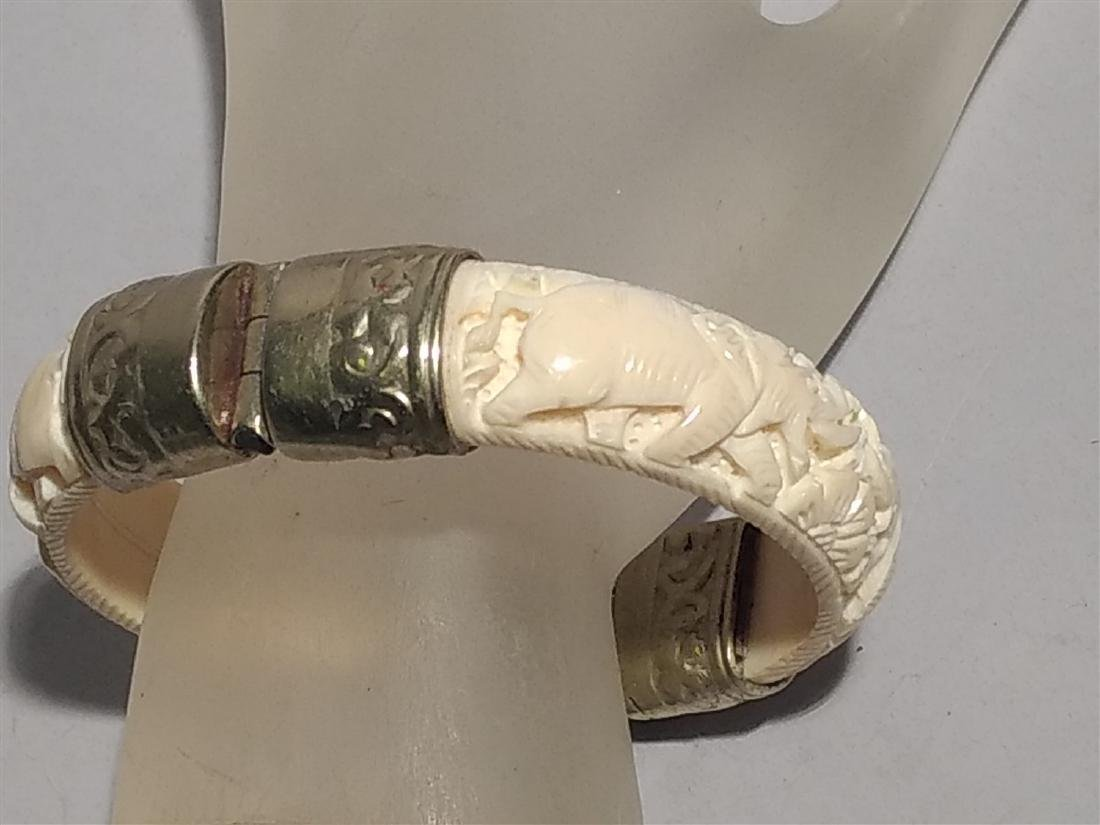 Jewelry Vintage Asian Elephant carved Cuff Bracelet