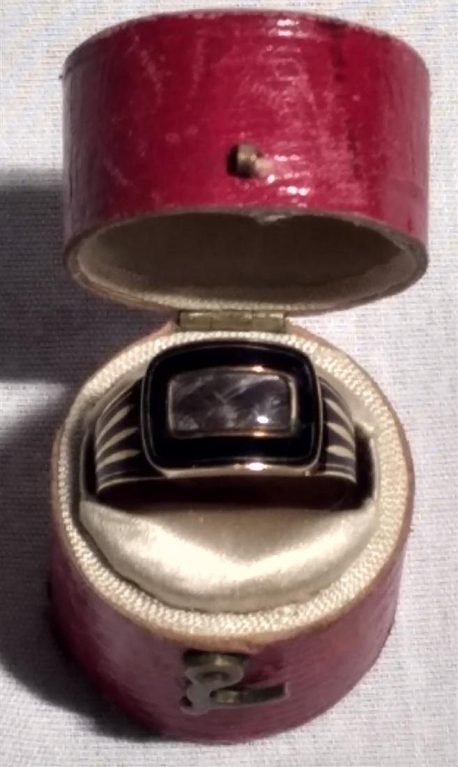 Victorian Mourning Jewelry Gold/Onyx Ring w/Weaved Hair