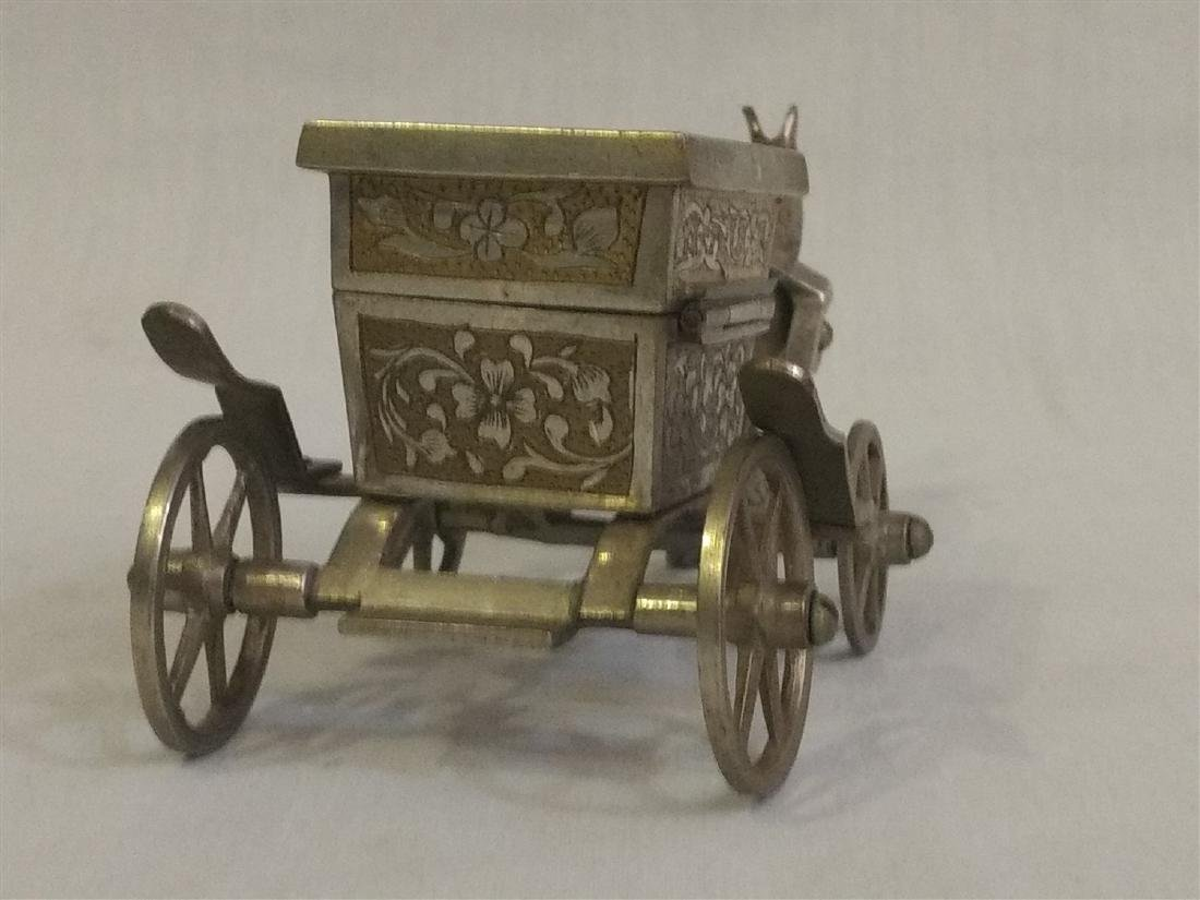 Vintage Detailed Brass Funeral Horse Carriage Music Box - 5