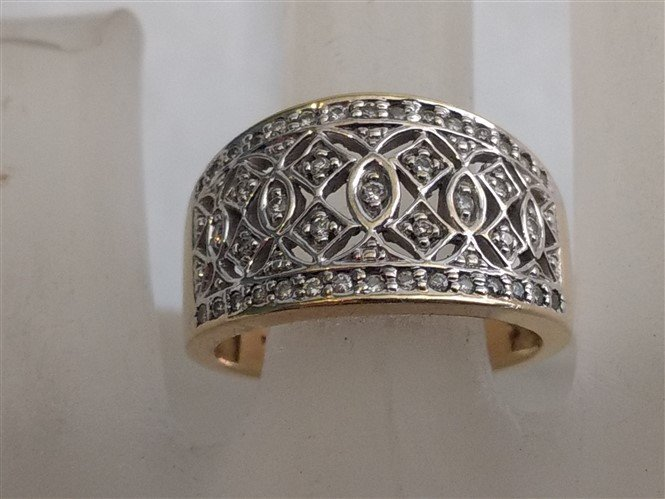 14K Yellow Gold Pave Diamond Ring  Gorgeous