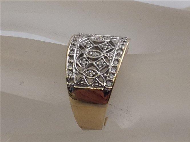 14K Yellow Gold Pave Diamond Ring  Gorgeous - 2