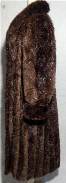 Vintage Clothing. Long Full Length Mink Beaver Fur Coat - 2