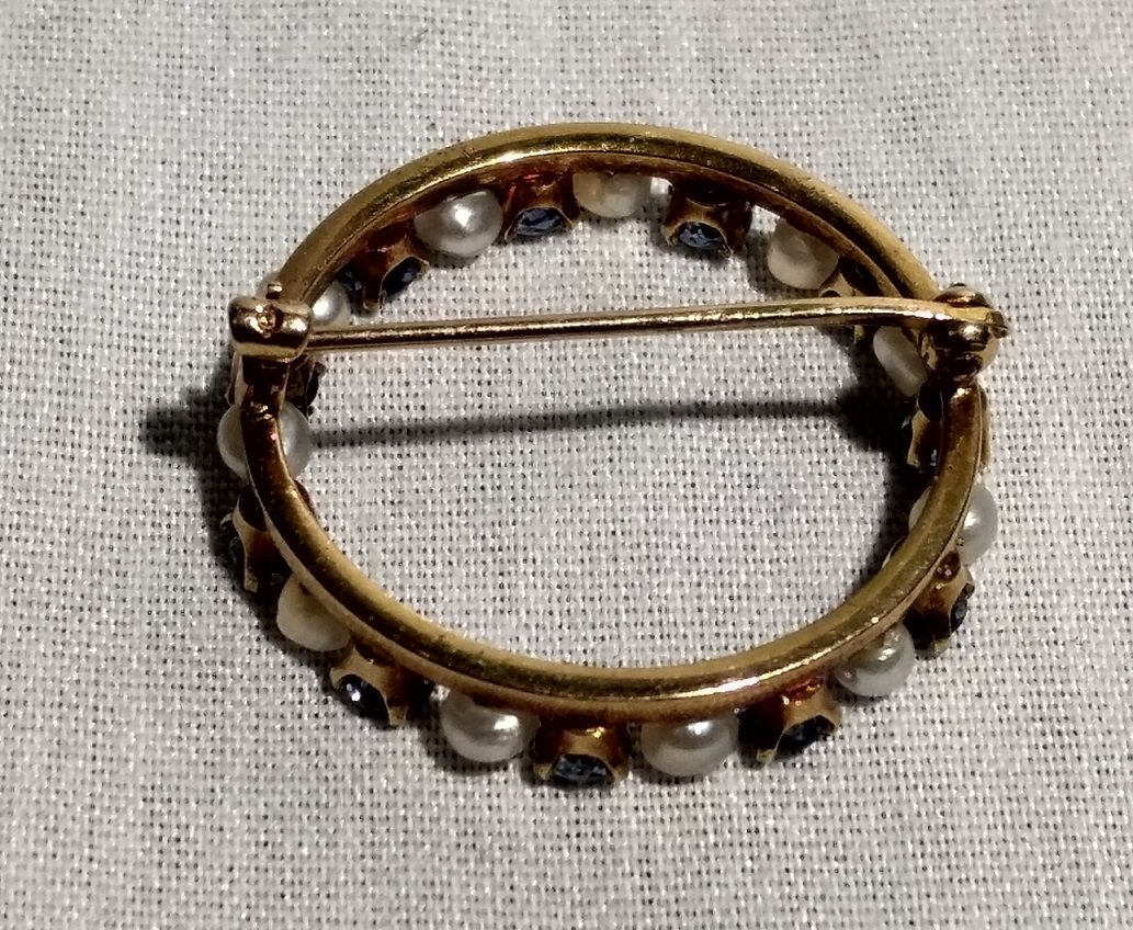 Vintage 14k Gold Pearl and Blue Stone brooch. - 3
