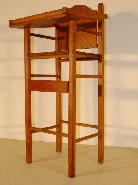 10T: doll furniture