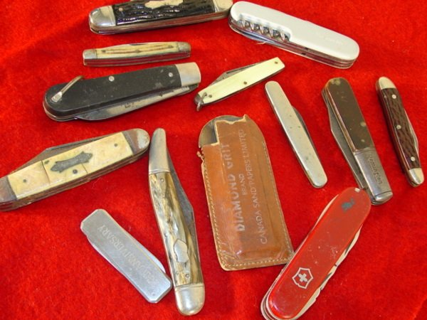 12T: knives