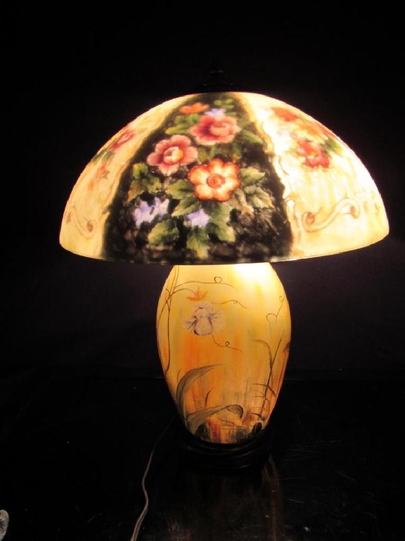 Vintage Reverse Painted Lamp and Shade - 7