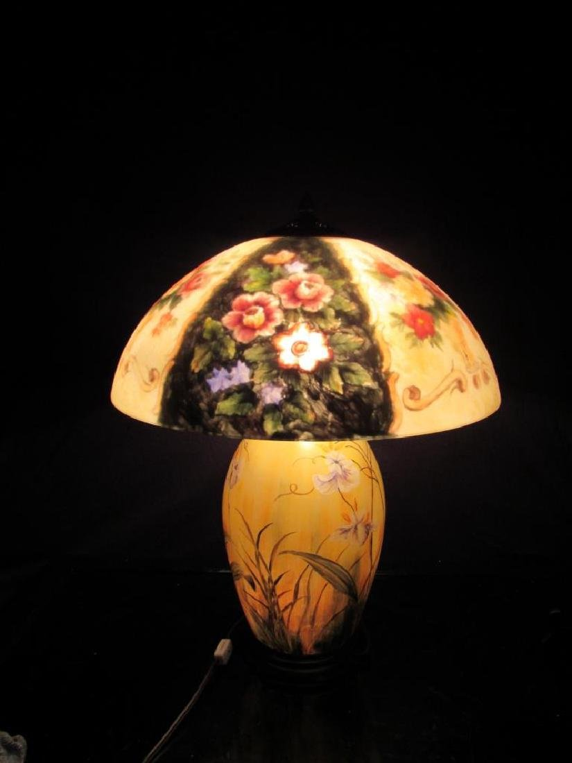 Vintage Reverse Painted Lamp and Shade - 9