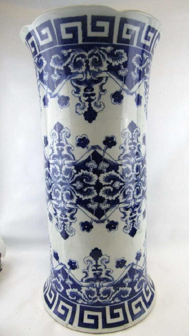 18th-19Th Century Blue and White Umbrella Holder