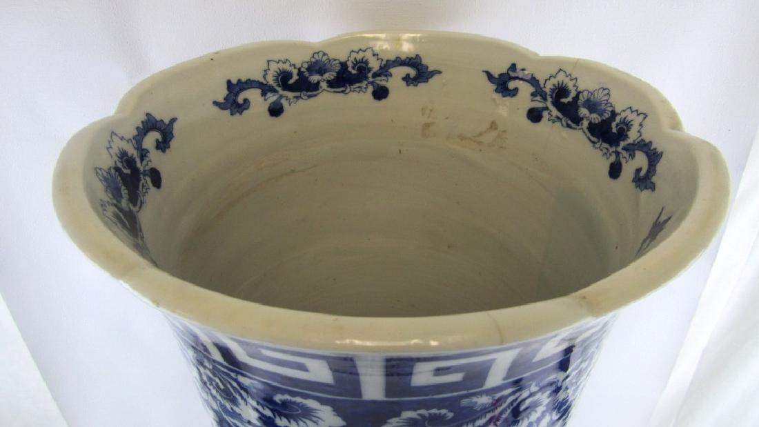 18th-19Th Century Blue and White Umbrella Holder - 6
