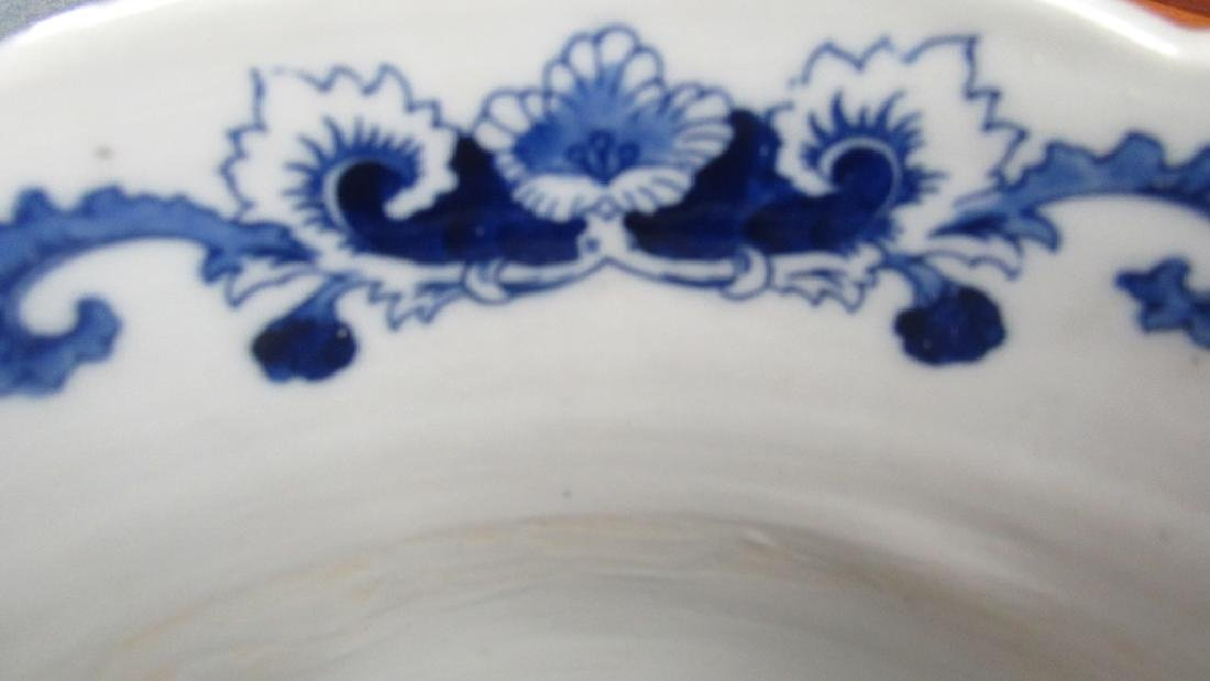 18th-19Th Century Blue and White Umbrella Holder - 9