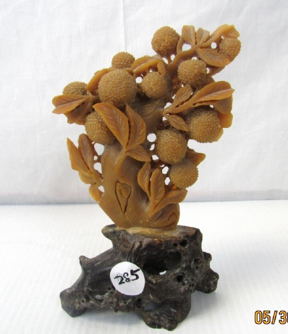 Beautiful Tianhuang Stone Tree Carving