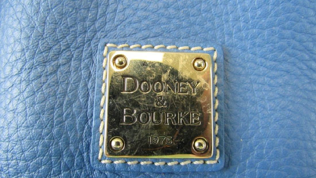 A Limited Dooney & Bourke Leather Handbag - 5