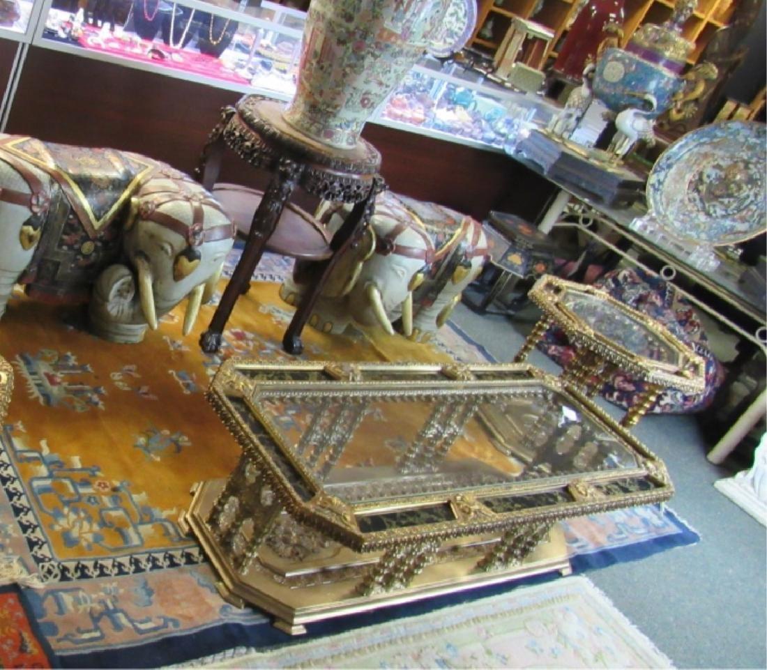 Beautiful set of 2 Gilt Wood Tables