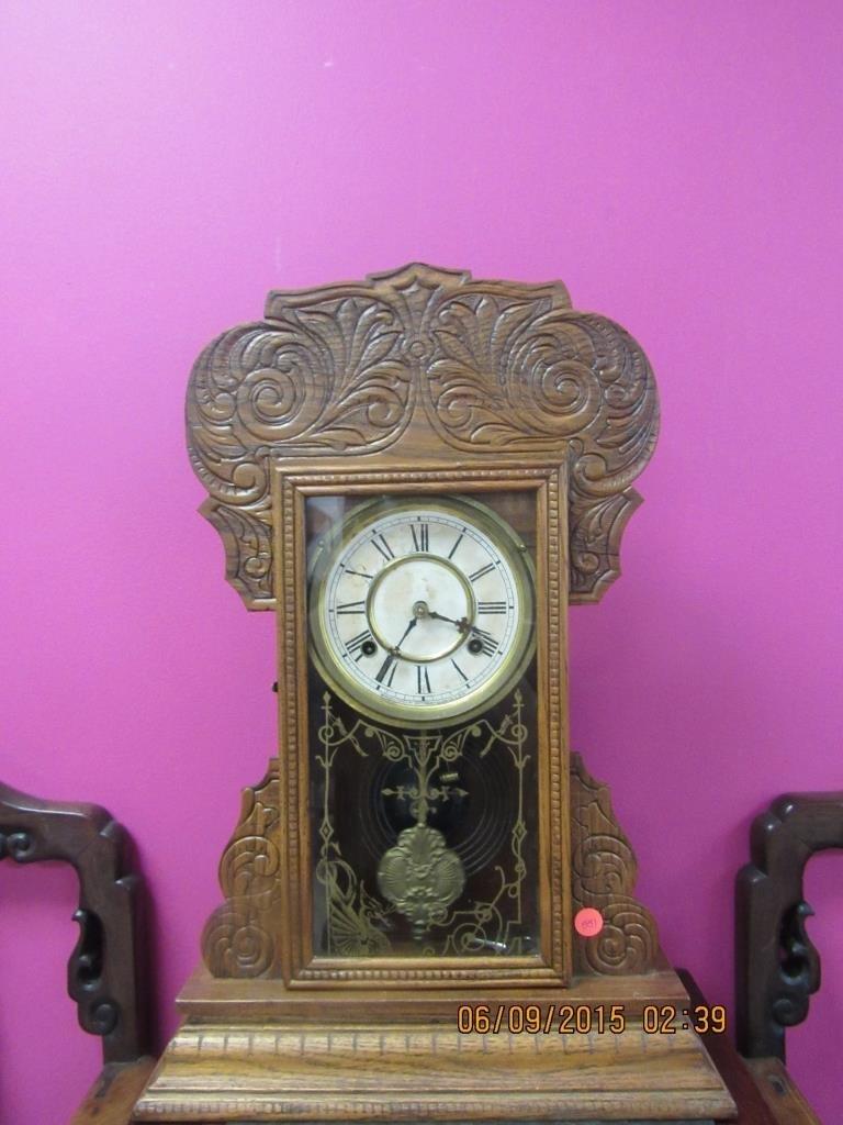 Waterbury Antique Oak Gingerbread Mantel Clock