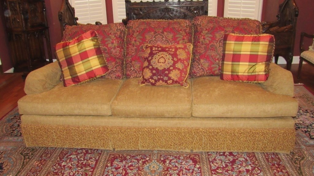 Large 3 seater Sofa Gold w/Pillows