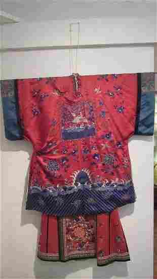 Qing Dynasty Womens Silk Robe Set