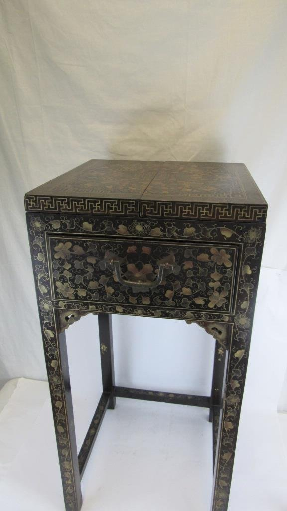 Chinese Export Black Laquer Dressing Table
