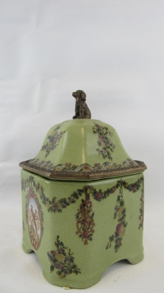 Chinese Exported Lidded Jar - 2