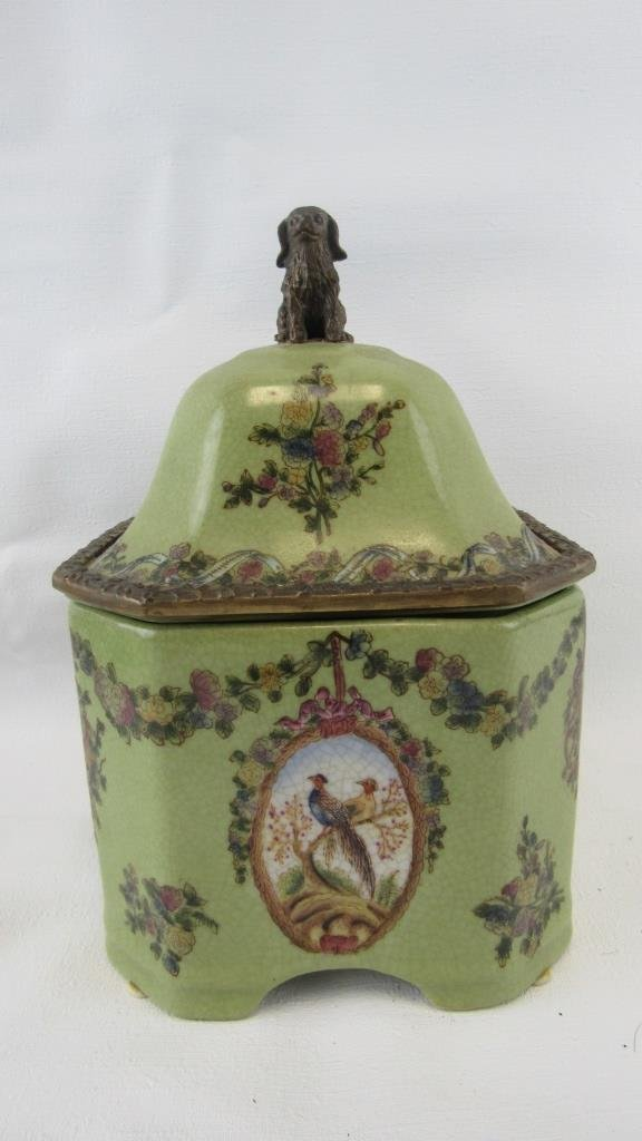 Chinese Exported Lidded Jar - 3