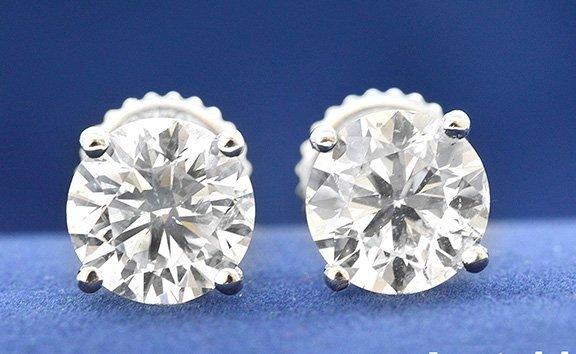 2.02ct. Stud Diamond Earrings 18K-EGL
