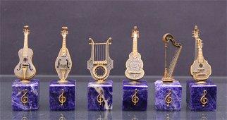 six  musical instruments -sei strumenti musicali