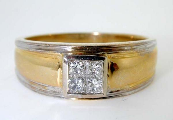 2009: 0.55 CT DIAMOND VS2 PRINCESS CUT MENS RING