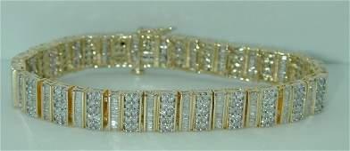 3206: 8 CT SI2 TO SI1 DIAMOND BRACELET