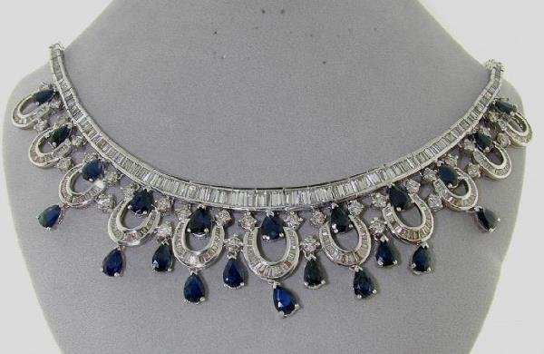 3720: 47 CT DIAMOND AND SAPPHIRE NECKLACE