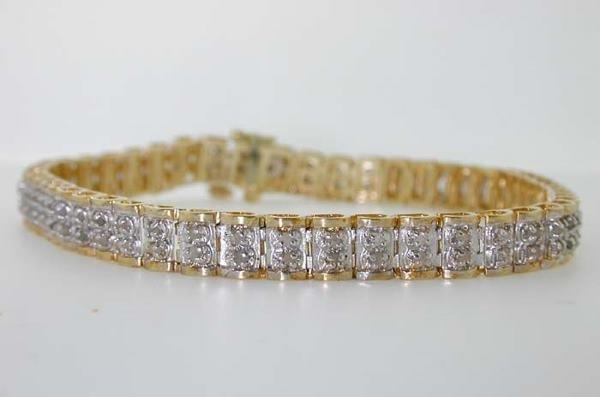 5023: GOLD DIAMOND BRACELET