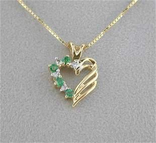 BEAUTIFUL DIAMOND AND EMERALD PENDANT
