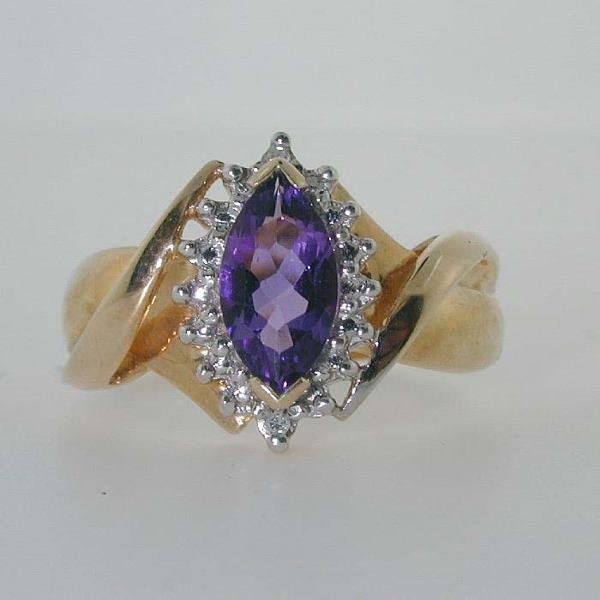 1000: 2 CT DIAMOND AND AMETHYST 3.7GR